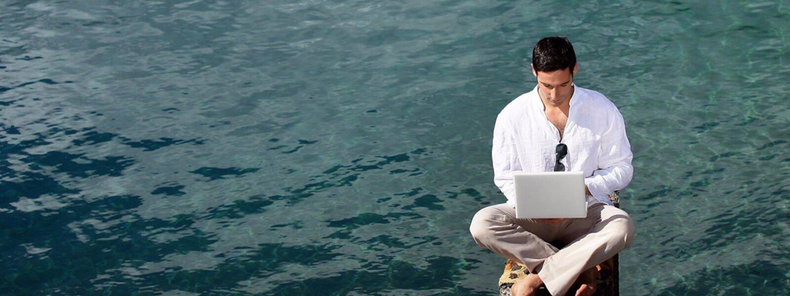 firmamassage mand ved vand