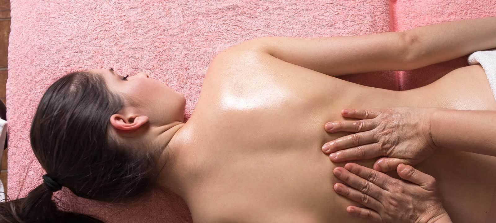 parmassage ondt i ryggen